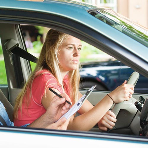 7 Tips for Choosing the Right Driving School